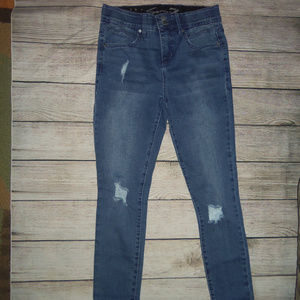 Seven7 Distressed Skinny Jeans 4
